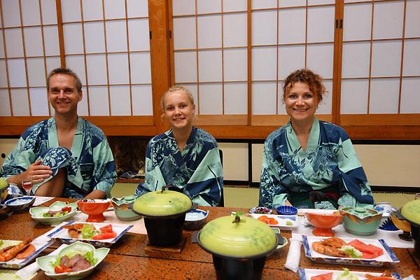 Middag i Ryokan i Japan