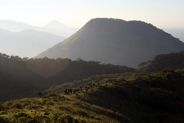 Nedstigning ved Telica i Nicaragua