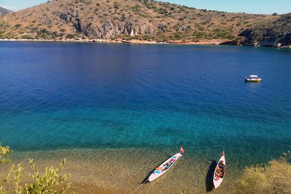 Båd på havet i Grækenland