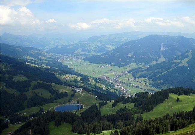Lone Holm view i Østrig til midsommer