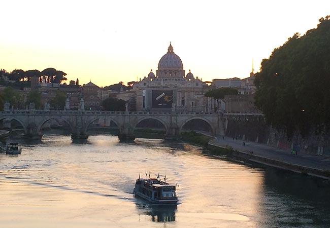 Flod løber igennem Rom