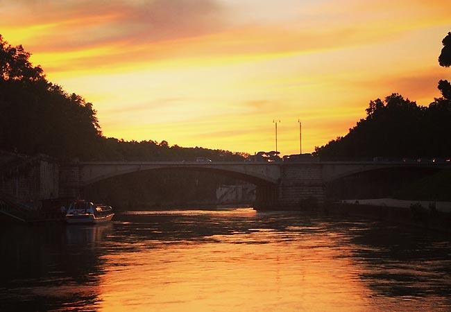 Smukt aftenlys i Rom