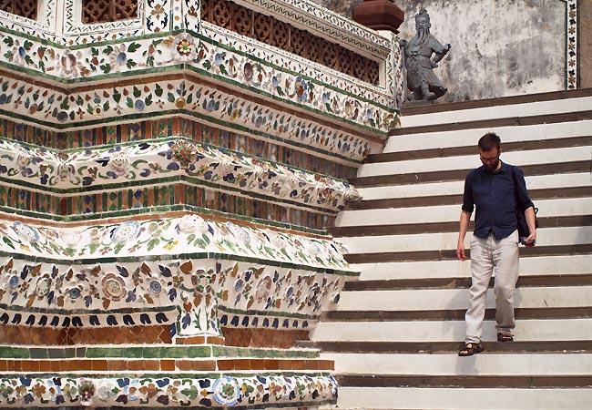 Kenneth Karl Nielsen ved Wat Arun i Bangkok