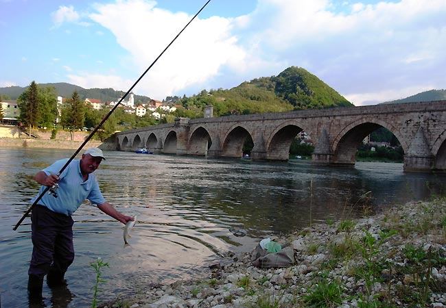 Broen over Drina-floden i Visegrad